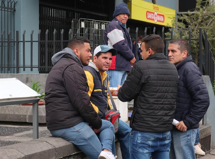 Venezolanos preocupados por decisiones migratorias en Ecuador