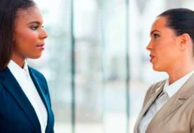 A las mujeres ejecutivas se las juzga con más severidad que a los hombres