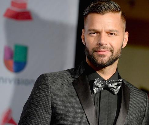 Ricky Martin presentará los Latin Grammy