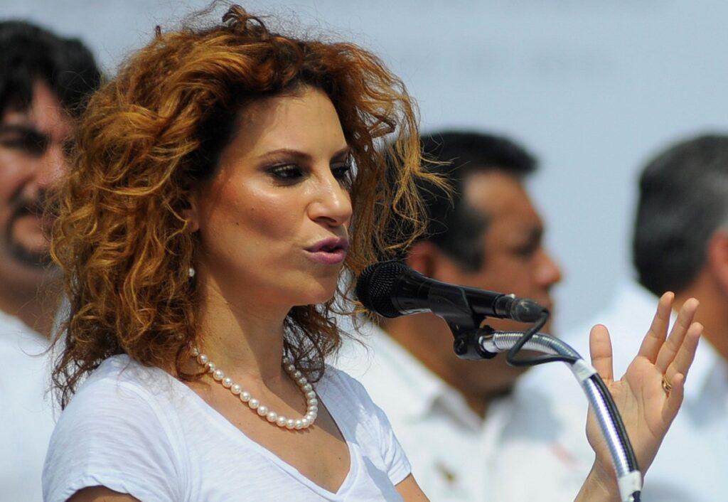 Esposa de exgobernador mexicano corrupto sale libre en Londres
