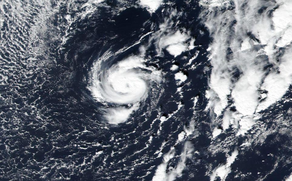 Tormenta tropical Pablo se debilita rápidamente en el Atlántico