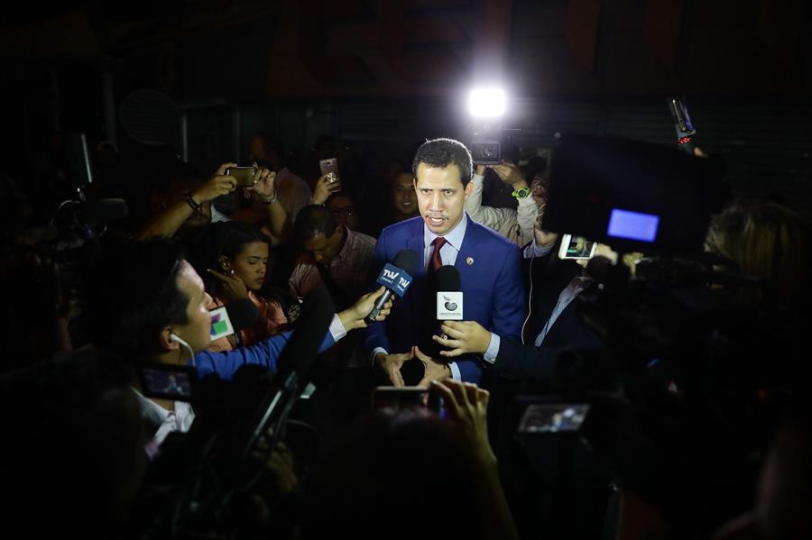 El partido de Guaidó pide esclarecer la irrupción armada en su sede