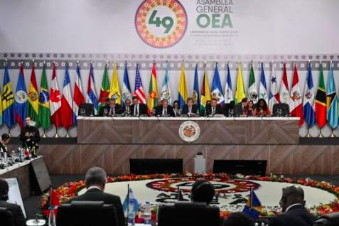 """Quince países de la OEA piden elecciones en Bolivia """"lo más pronto posible"""""""