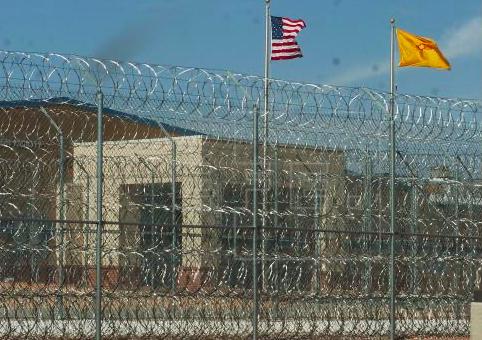 Cárceles de migrantes en EEUU son inhumanas, según visitadora