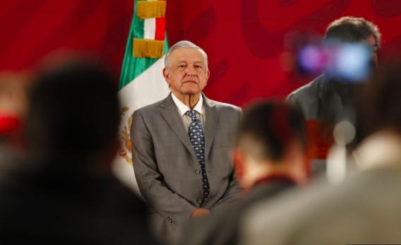 Popularidad de López Obrador cae por la violencia en México