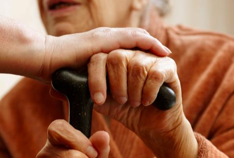 Casi el 10 % de hispanos en EEUU tiene problemas precursores de la demencia