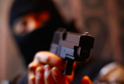 Ladrón de banco en Florida recrimina al cajero por darle más de lo que pedía