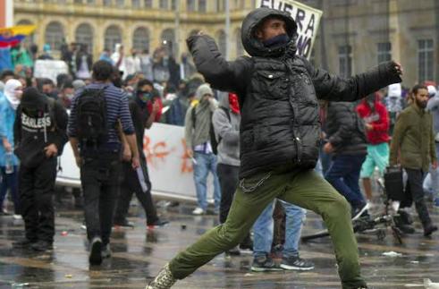 Opositores cubanos ven la mano de Cuba y Venezuela en protestas en Colombia