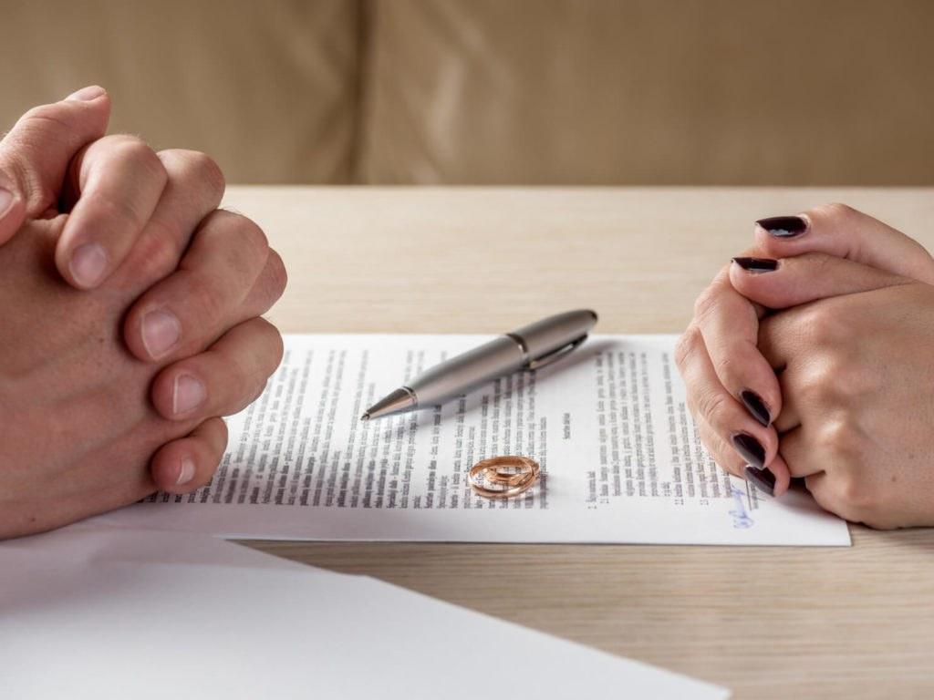 Buscan frenar alta tasa de divorcios en Florida