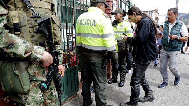 Ejército patrulla las calles de Bogotá tres días antes de las protestas