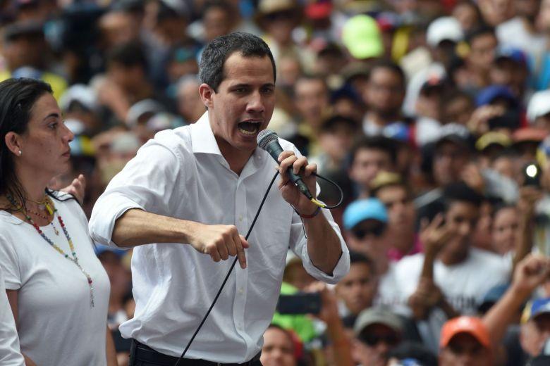 Guaidó descarta volver a mesa de negociaciones con Maduro