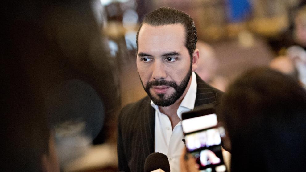 Presidente de El Salvador pide respeto a Maduro por insultarlo