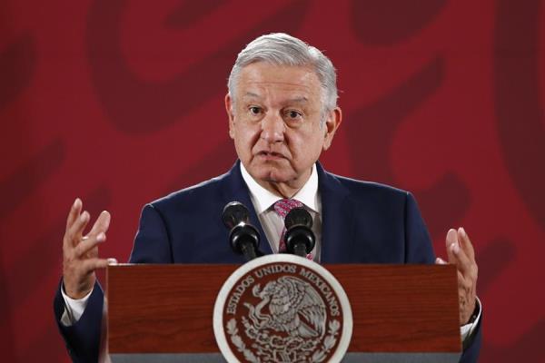 López Obrador ve respeto en silencio de Trump sobre asilo a Morales en México