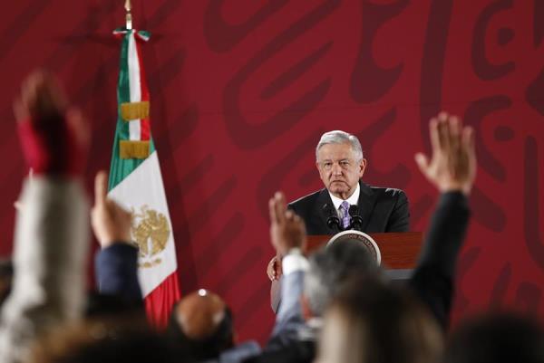 López Obrador no descarta entrar en comunicación con Evo Morales