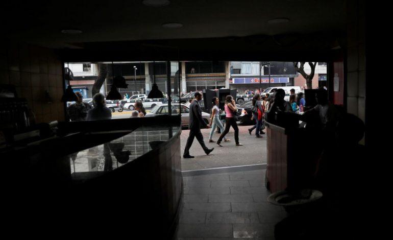 Servicios públicos deficientes afectan al 90 % de los venezolanos