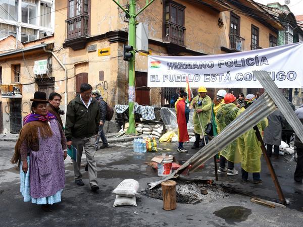 Bolivia comienza a retomar su actividad normal