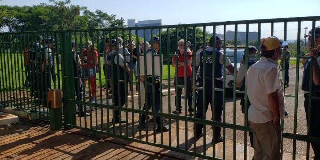 Embajada venezolana en Brasilia es invadida