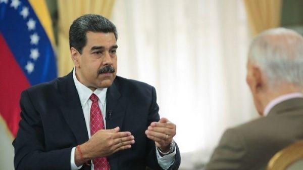 """Maduro dice que dolarización de facto es """"válvula de escape"""""""
