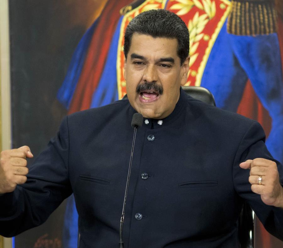 """Maduro pide defender a Morales de un """"golpe de Estado oligárquico"""""""