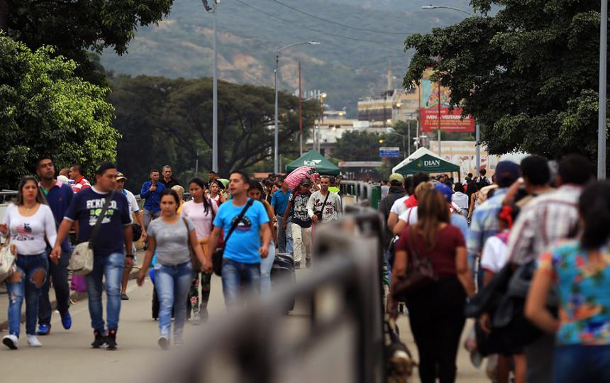 ONU dice que se necesitan 1.350 millones de dólares para migración venezolana