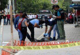 Un muerto y siete heridos en ataque armado en Cancún