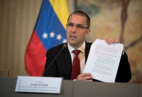 Maduro acusa a EEUU de intervenir en asuntos de la Asamblea Nacional