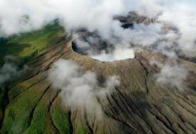 Volcán Rincón de la Vieja realiza una erupción de 2.000 metros en Costa Rica
