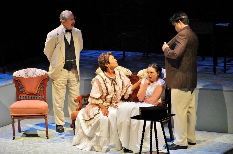 """El Teatro Avante en Miami """"desentierra"""" a una feminista cubana"""