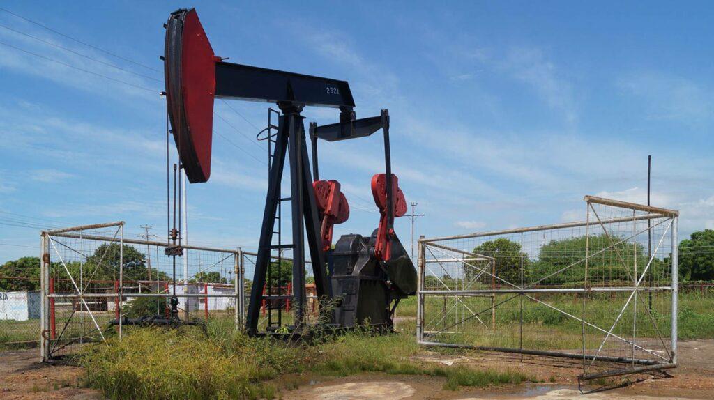 Petróleo venezolano sube a 59,42 dólares y lleva siete semanas en alza