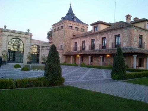 Padre de Guaidó sí visitó castillo de Alejandro Betancourt