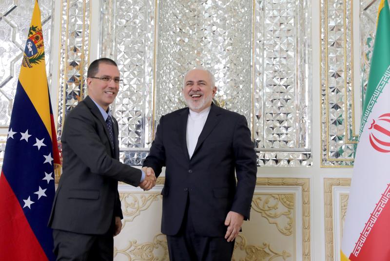 Venezuela fortalece peligrosas relaciones con Irán