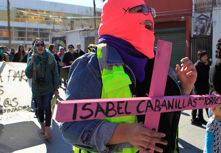 Artista plástica feminista Isabel Cabanillas fue asesinada