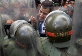 Guaidó apela a la protesta callejera ante disyuntiva en la AN