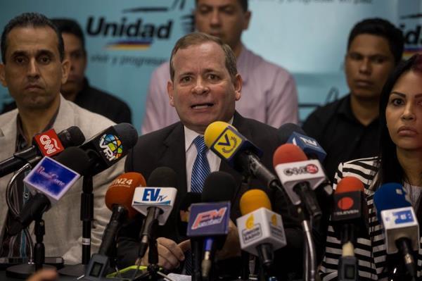 Oposición venezolana convoca una jornada para conmemorar la democracia