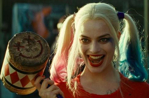 """Margot Robbie y sus """"Birds of Prey"""" sobrevuelan la cartelera de EE.UU."""