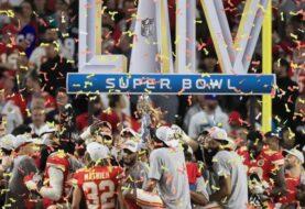 Los Chiefs son campeones del  Super Bowl después de 50 años