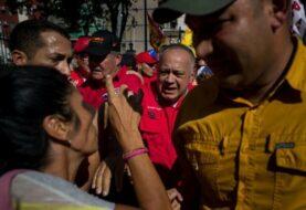 Diosdado Cabello advierte que vendrán más ataques a Guaidó