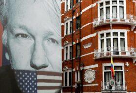 Abogados de Assange pedirán su libertad por el COVID-19
