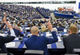 Eurodiputados piden a la UE que sancione sector de oro venezolano