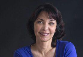 Daína Chaviano gana el premio a mejor libro en español en Florida