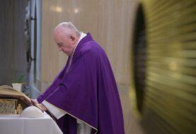 El papa pide que la Iglesia en China crezca en unidad