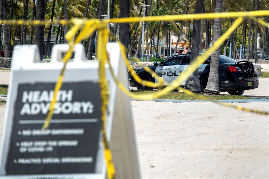 Florida pasa los 27.000 casos del COVID-19 y las 800 muertes