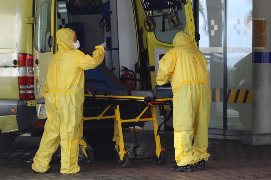 Las muertes por coronavirus descienden en España a 367 en un día