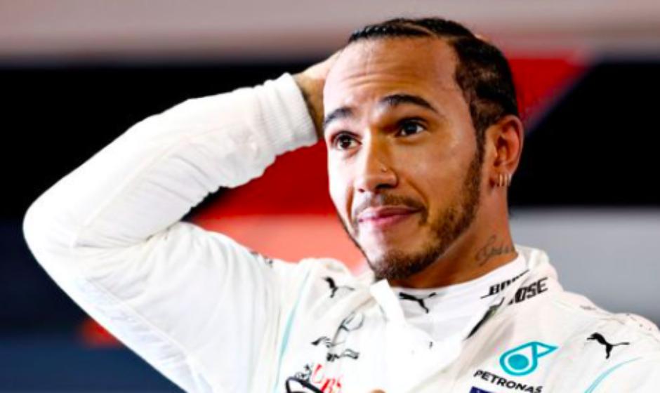 Hamilton niega que vaya a pilotar en Ferrari y manifiesta su amor a Mercedes