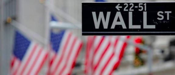 PIB de EEUU se contraerá hasta 30 % entre abril y junio, dice asesor de Trump
