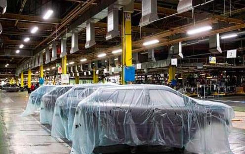 """México busca reabrir """"pronto"""" sector automotriz con la vista puesta en T-MEC"""