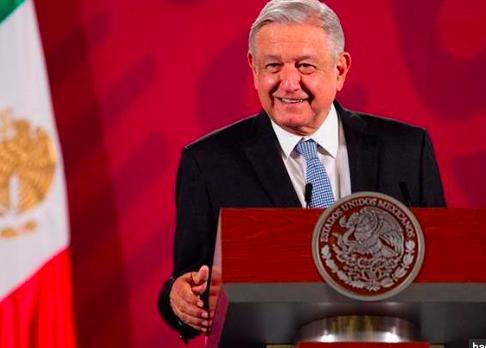 """López Obrador bautiza su plan anticrisis como """"bienestar a la mexicana"""""""