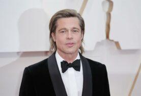 """Jennifer Aniston dice que ella y Brad Pitt son """"amigos"""""""