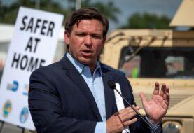 Florida se debate entre más contagios y más muertes por COVID-19