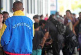 Más de 5.000 familias de refugiados venezolanos recibirán alimentos en Perú